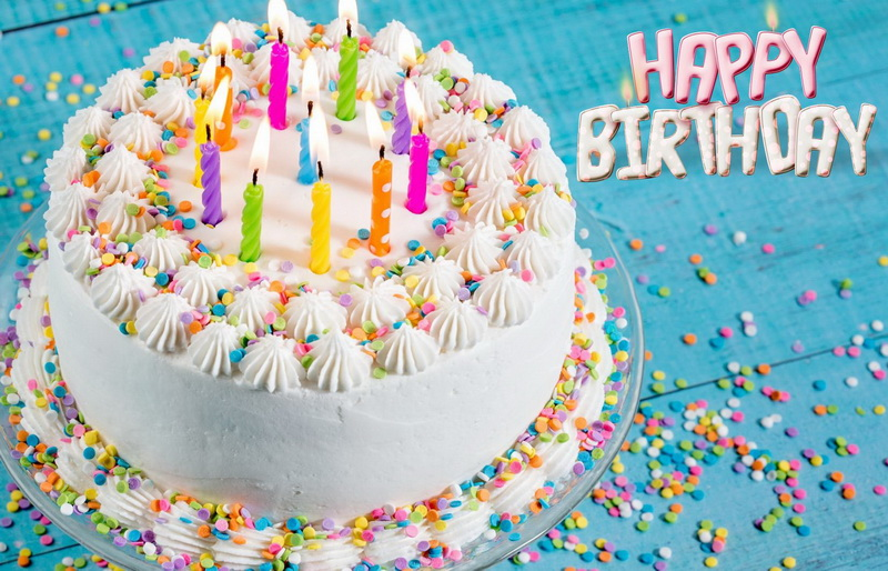 С днём рождения, большой торт со свечами