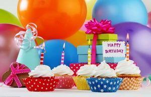 Открытка для детей, подарки, шарики