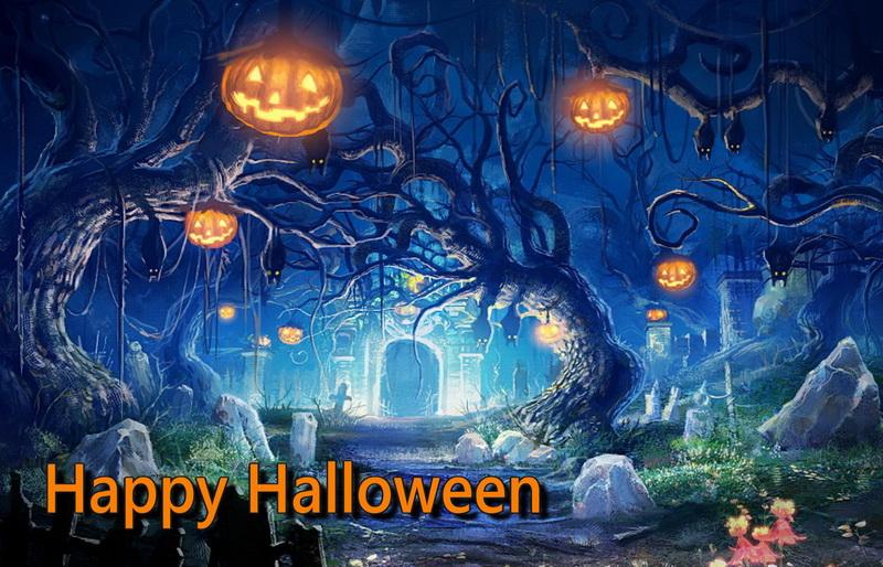 Открытка на Хэллоуин - светящиеся тыквы в мрачном лесу