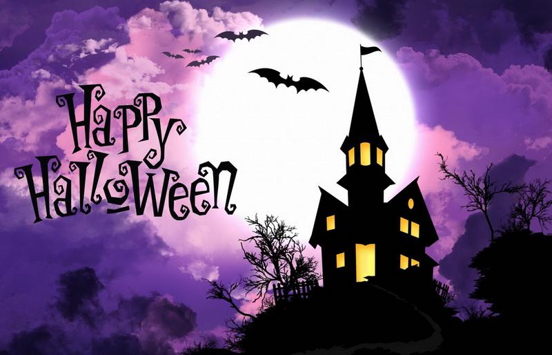 Открытка на Хэллоуин - мрачный замок на фоне полной луны