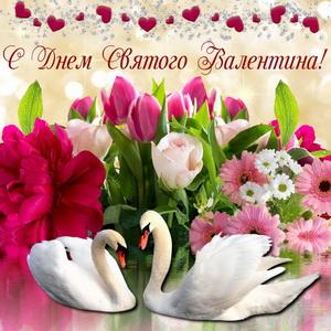 Белые лебеди на фоне цветов